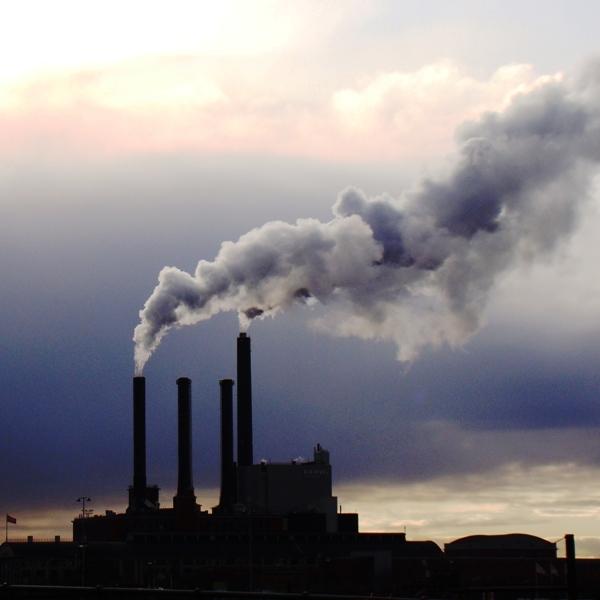 WMO: Rekordno visoke koncentracije toplogrednih plinov v ozračju