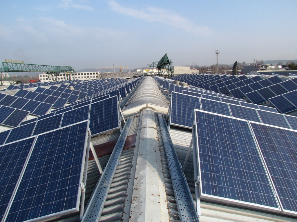 Serbia Founds First Energy Cooperative 'Sunny Roofs'