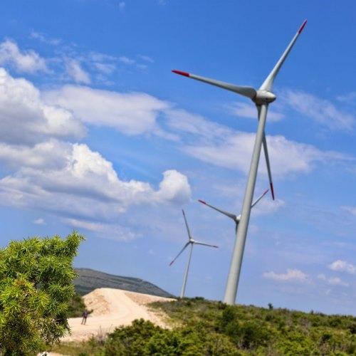 Energetska dovoljenja ima trenutno osem vetrnih elektrarn
