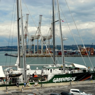 Pahor on Greenpeace's Rainbow Warrior III: Climate change can only be tackled if there is political will to do so