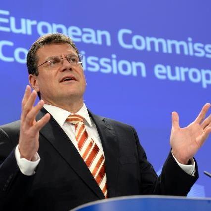 Šefčovič: Evropa potrebuje do 20 giga tovarn baterij