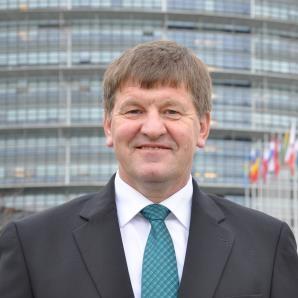 Bogovič med nominiranci za evropskega poslanca leta 2018 na področju raziskav in inovacij