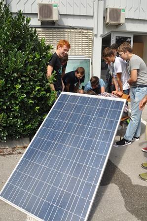 Nemški E.ON začel ponujati 100-odstotno samozadostno oskrbo s sončno energijo brez baterij