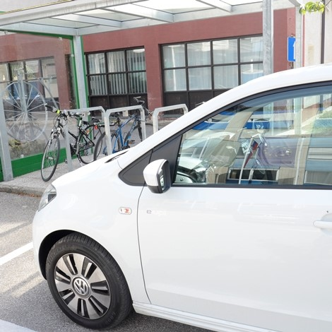 Vlada podprla evropski predlog o določitvi standardov emisijskih vrednosti za nova vozila