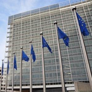 Komisija objavila razpis za peti seznam projektov PCI s področja elektrike in plina