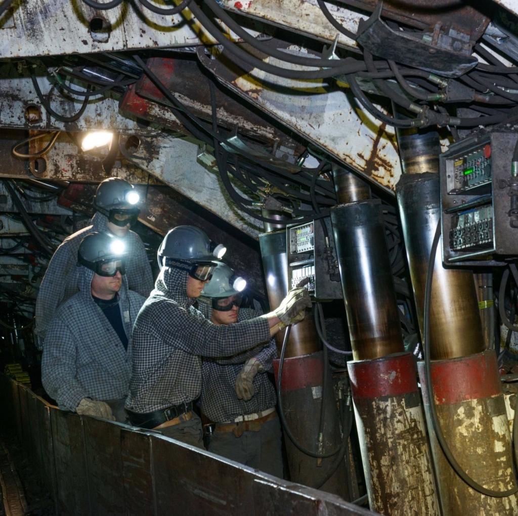 Premogovnik Velenje ustvaril lastno hidravlično podporje