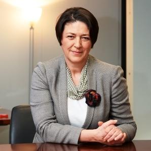 Bulčeva: Razpisi EU za pametne vasi bodo dajali poudarek digitalizaciji, čistemu okolju in zmanjšanju emisij