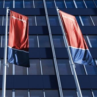 Delničarjem Petrola se obeta 18 evrov bruto dividende na delnico
