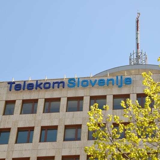 Telekom Slovenije bo elektriko ponudil tudi podjetjem
