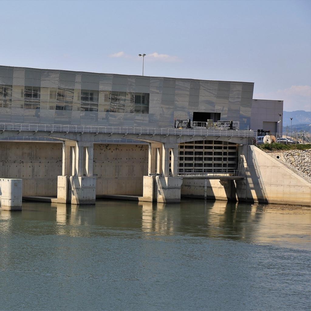 Hidroelektrarne na Spodnji Savi lani proizvedle 590 GWh električne energije