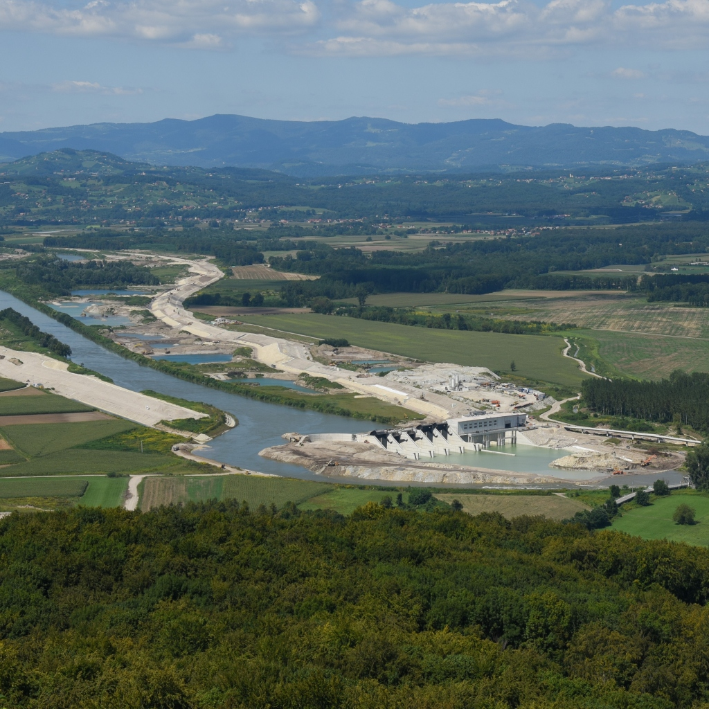 Slovenia Launches 45 MW Brežice HPP