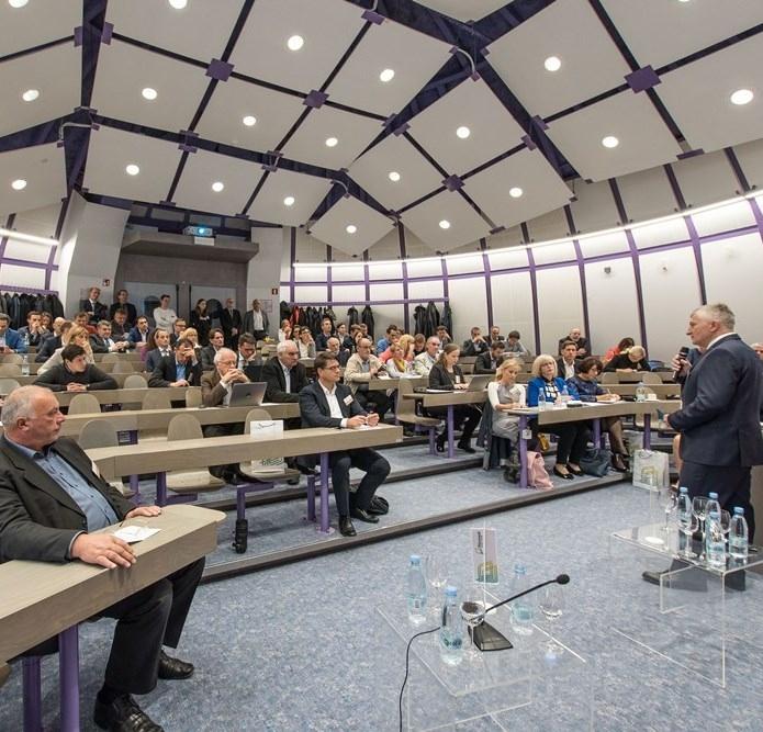 En.ekonomika & Industrija 017: Temelj energetske prihodnosti je upravljanje sprememb