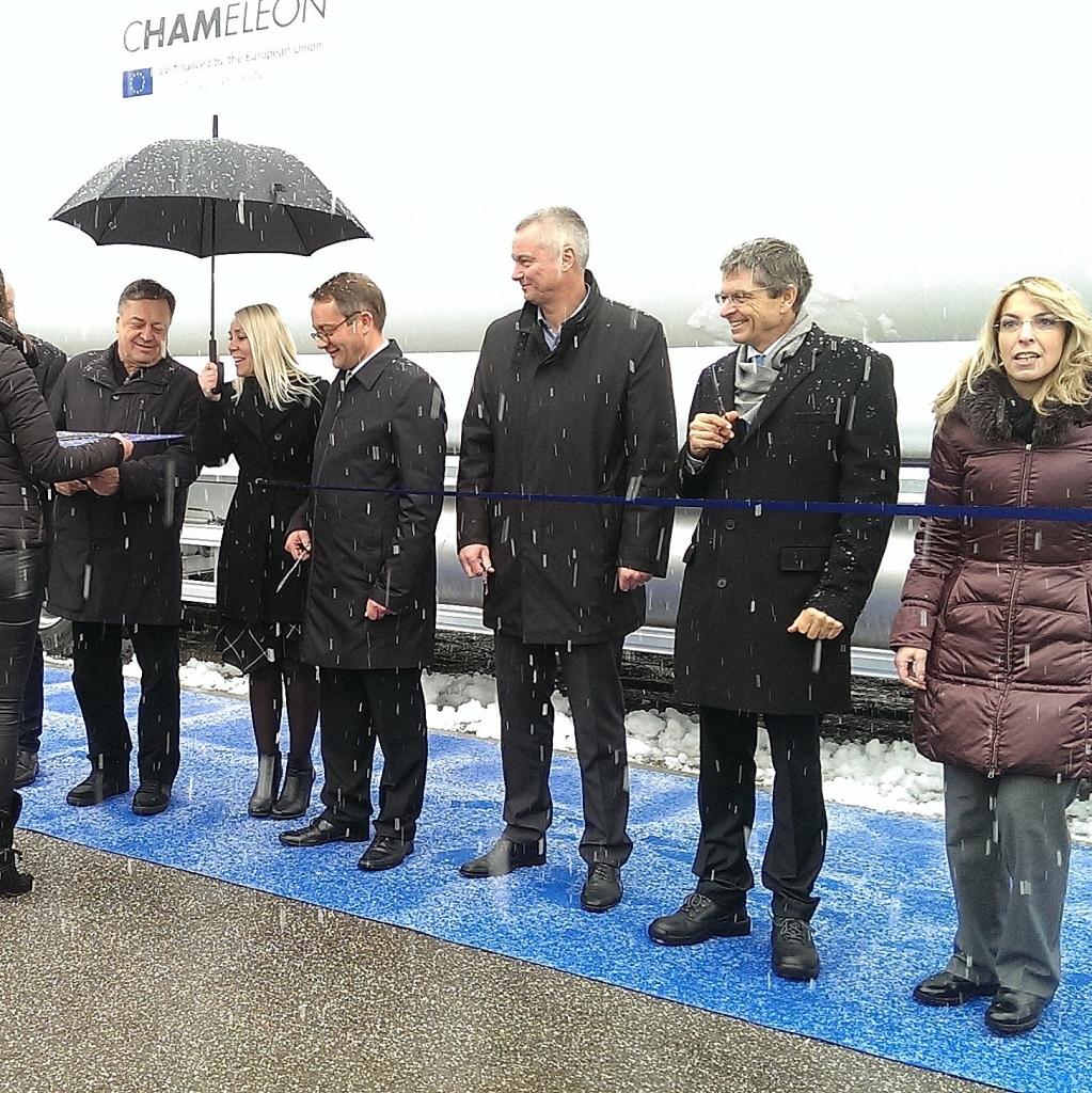 V Ljubljani postavili prvo UZP polnilnico za tovorna vozila