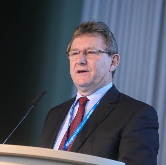 Dr. Alojz Poredoš, SZE: Strategija razvoja pametnih mest se močno naslanja na sodobne sisteme daljinske energetike