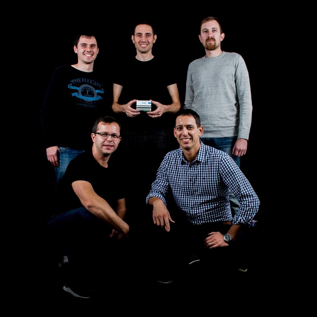 Energetski start-up, ki mu zaupajo tako energetiki kot cestarji