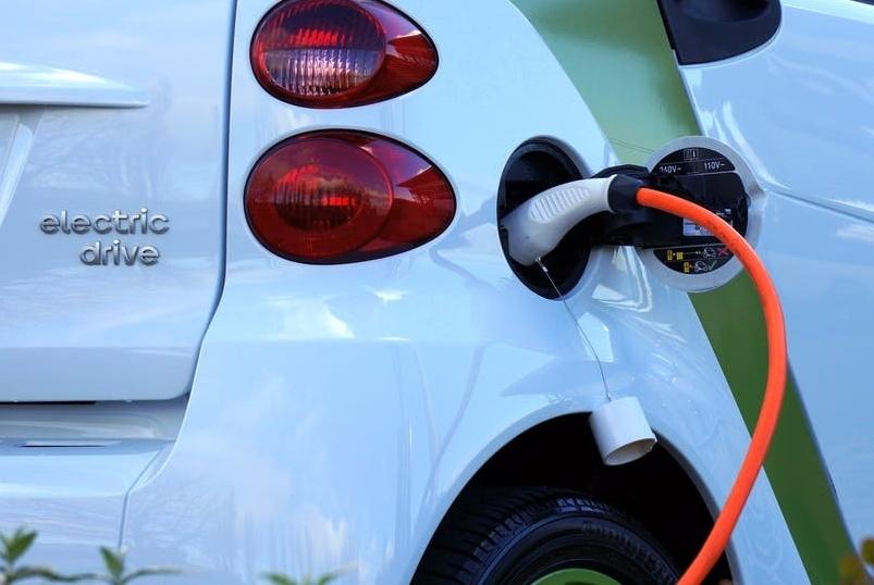 Eko sklad objavil nove spodbude za trajnostno mobilnost v podjetjih