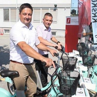 Kranj dobil največji sistem izposoje električnih koles v Sloveniji