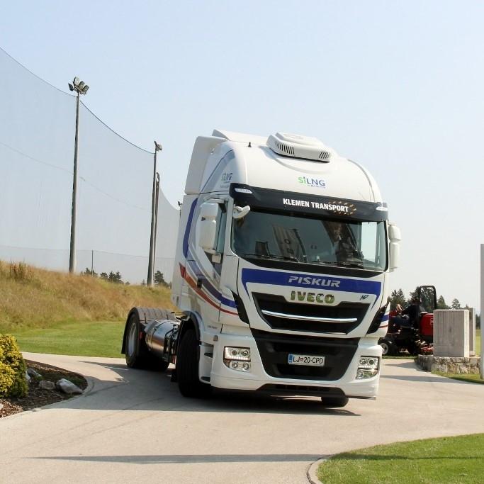 Prvi tovornjaki na zemeljski plin tudi v Sloveniji