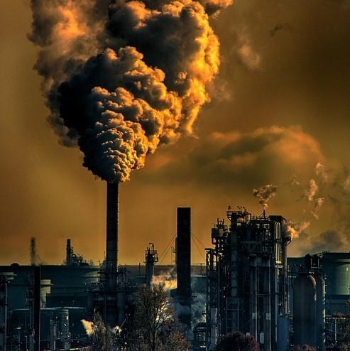 Emisije upravljavcev vključenih v sistem ETS lani manjše za 13,3 %