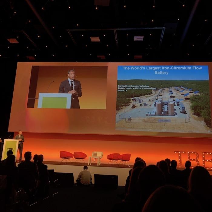 Kammen: Plinske elektrarne bi morali v štiridesetih letih tega stoletja prostovoljno zapreti