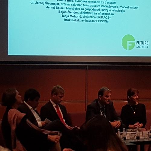 Violeta Bulc: Evropska komisija daje prednost čezmejnim projektom