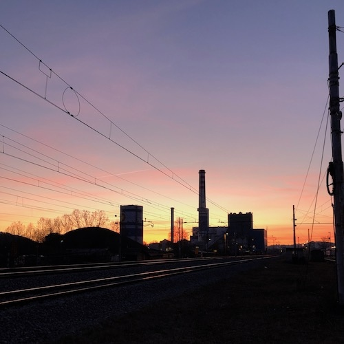 Lani padec deleža premoga v proizvodnji toplote in okrepitev deleža plina