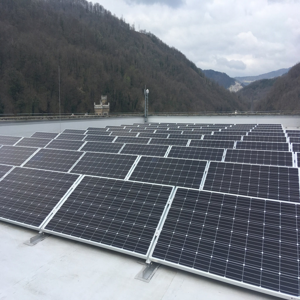 V Steklarni Hrastnik bodo proizvajali vodik iz sončne elektrike
