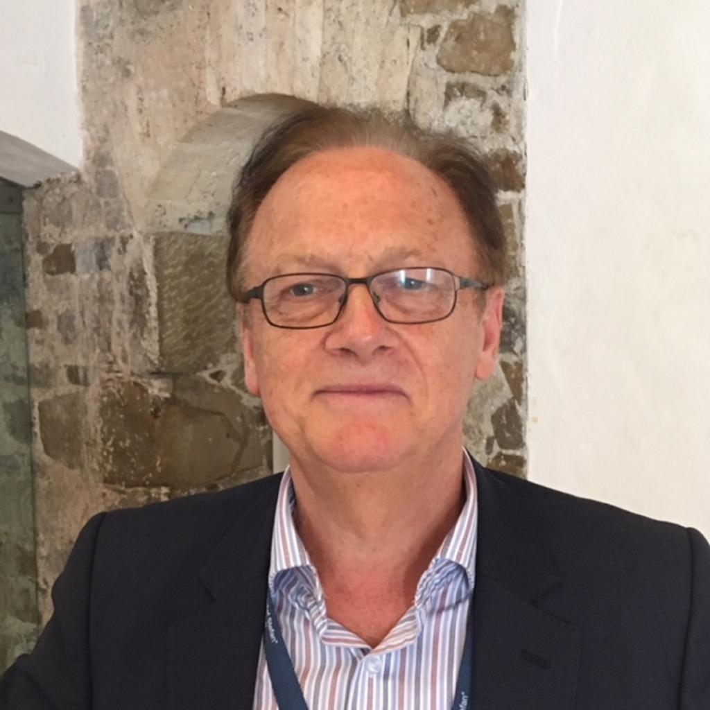 Allan Mayo: Pametno mesto težave predvidi, ne pa da se nanje zgolj odziva