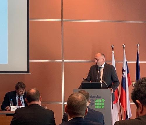 Slovenija bi še poglobila sodelovanje z Japonsko - tudi v okviru projekta NEDO