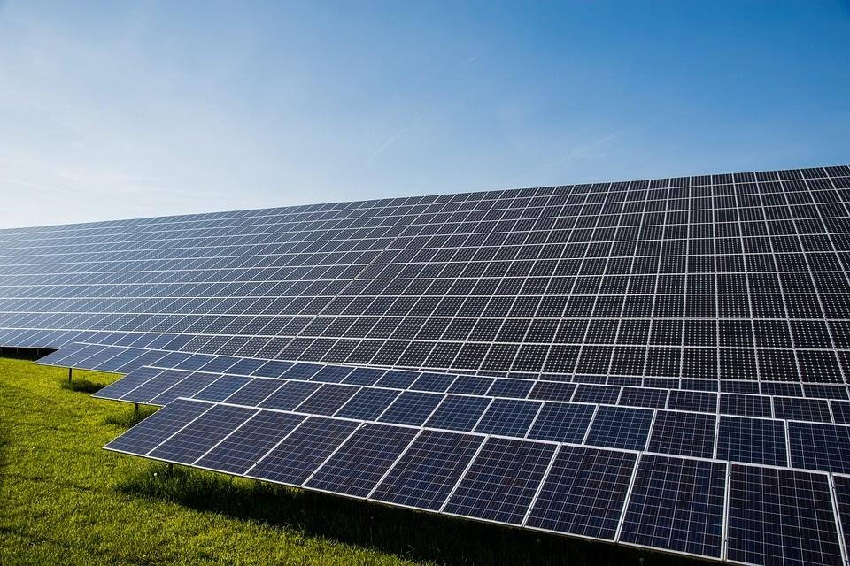 Greek GEK Terna to Invest EUR 170m in Three Floating PV Power Plants