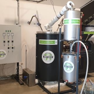 Slovenian Innovation Converts Plastic Waste into Fuel and Electricity