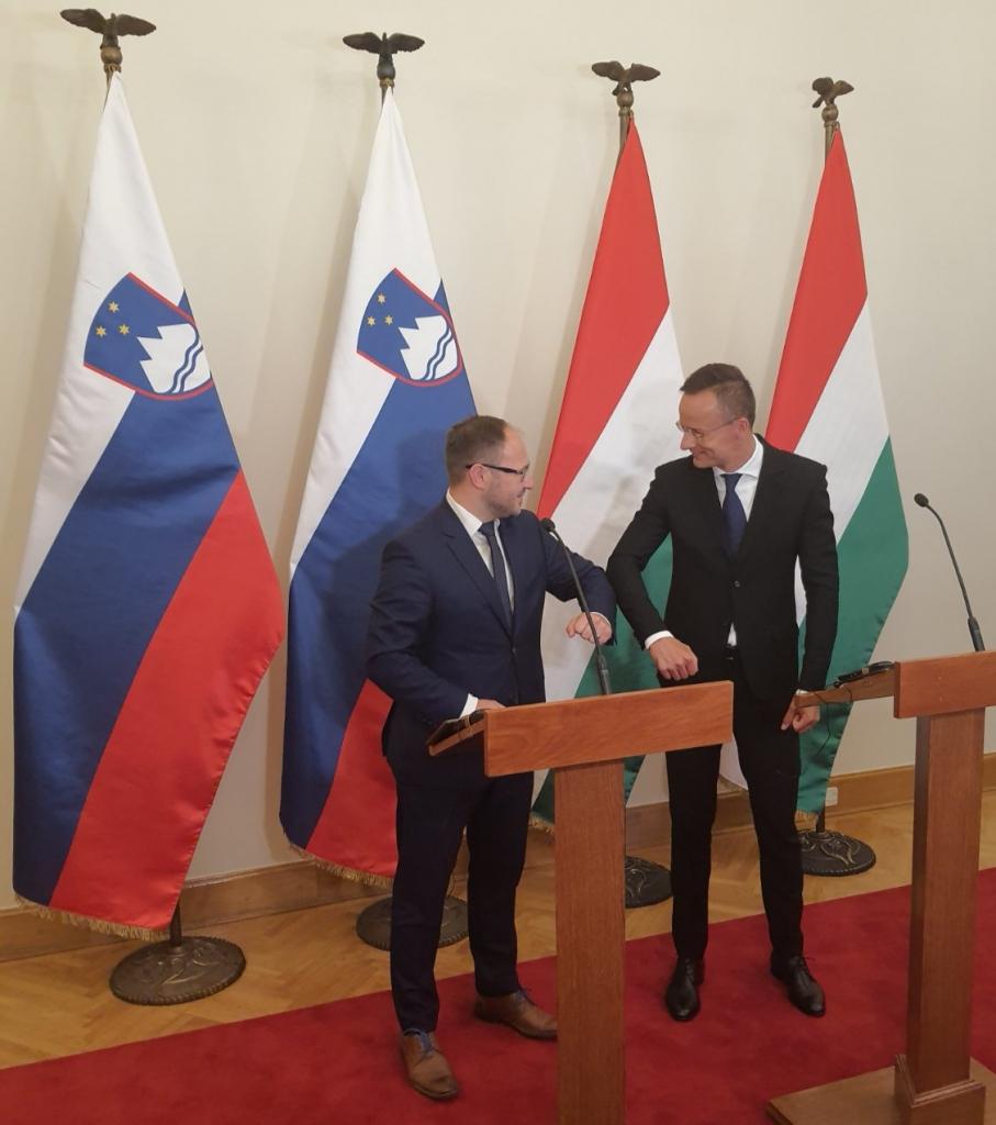 Minister Vrtovec z madžarskima kolegoma o krepitvi povezav na področju energetike in prometa