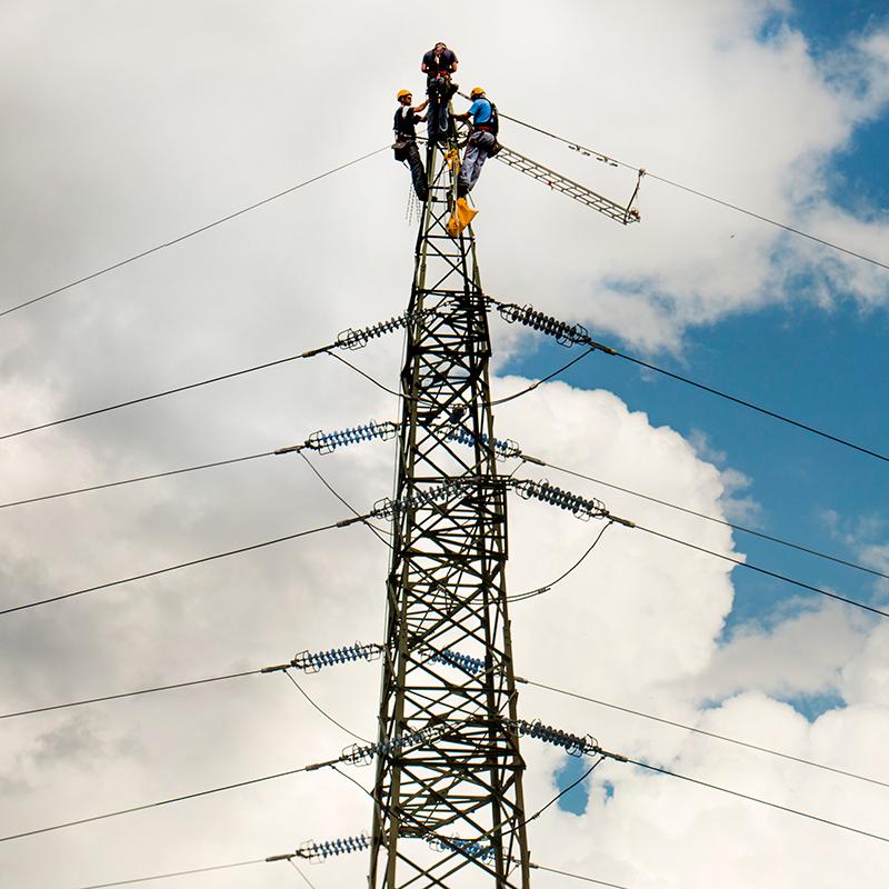 IEA: Električna energija bi lahko do leta 2040 prehitela nafto