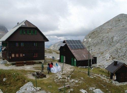 V planinski koči Dom Valentina Staniča bodo elektriko pridobivali iz obnovljivih virov