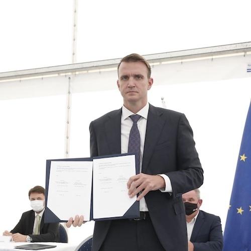 Minister Vizjak ob podpisu koncesijske pogodbe za HE na Savi: Velik dan za slovensko gospodarstvo