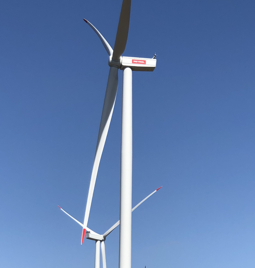 Petrol zagnal 30 MW vetrni park Ljubač na Hrvaškem